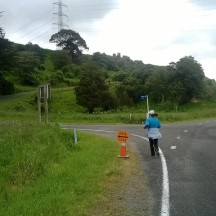 The last main turn, towards a farm track leading back to the start.