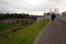 Gerry approaching the Manawatu Bridge. Less than 2kms to go.