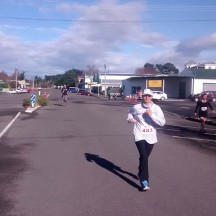 The last kilometres is run through the small town of Takapau.