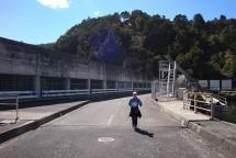 Crossing the Waipapa Dam wall.