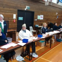 Friendly Striders volunteers ready for late registrations on race morning.