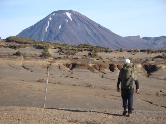 No cloud hiding Mt Ngauruhoe today. Early morning and already quite hot.