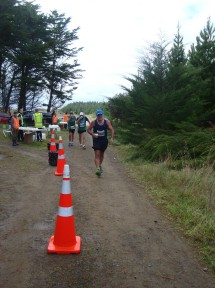 Graeme coming through the first water point.