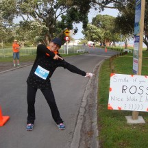 Little did I know that Ross was standing right behind me! He was supporting the 100 Marathon Club.