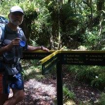 The turn-off to the high track via Kahui Hut.